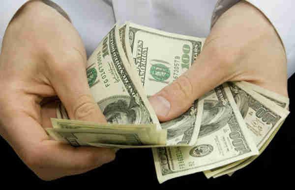 Soñar con recibir dinero
